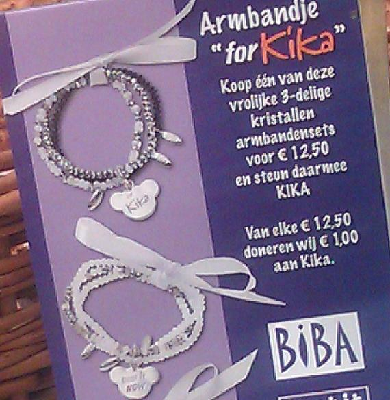 advert for Kika bracelets